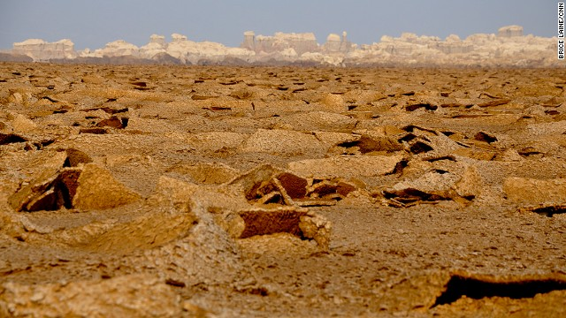 The volcanic landscape of the Danakil Depression is made up of basalt, acidic liquids and salt formations.