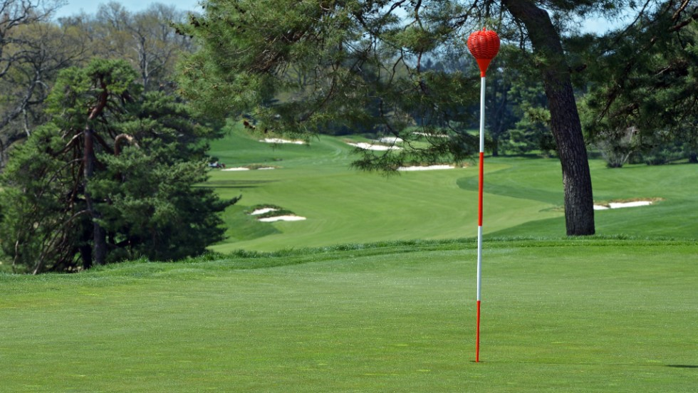 Players will take aim at the wicker basket targets rather than the conventional flags, making it harder to judge the wind direction.