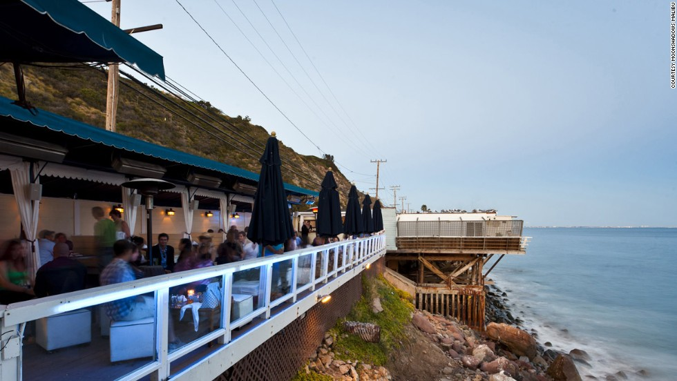 On the Pacific Coast Highway, no bar other than our number 11 has quite such a dramatic outdoor perch right over the rocks and crashing surf.