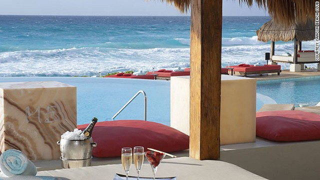 The Beach Club @ ME is a beach bar where you can dive from the pool to the sea.