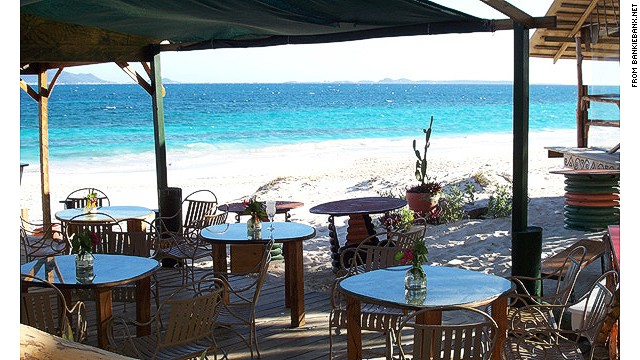 Dune Preserve Beach Bar: good beach bars make you think of retiring. Great ones make you actually do it.