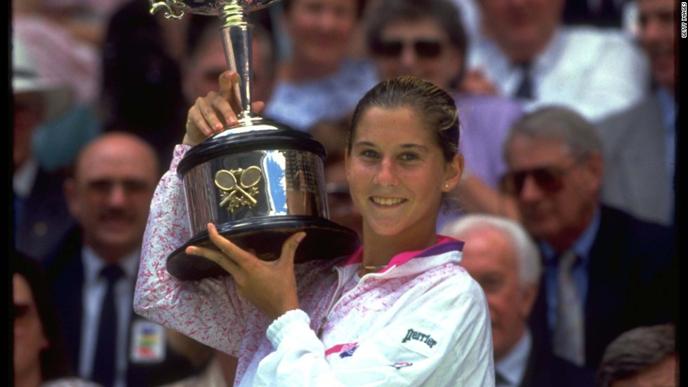 Seles followed up her victory in Paris with success at the first grand slam of 1991, beating Jana Novotna to win the Australian Open final in January before replacing Graf at the top of the world rankings in March. Seles then defended her Roland Garros crown before beating Martina Navratilova to clinch the U.S. Open.