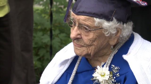 pkg wqad 101 year old graduates_00013910.jpg