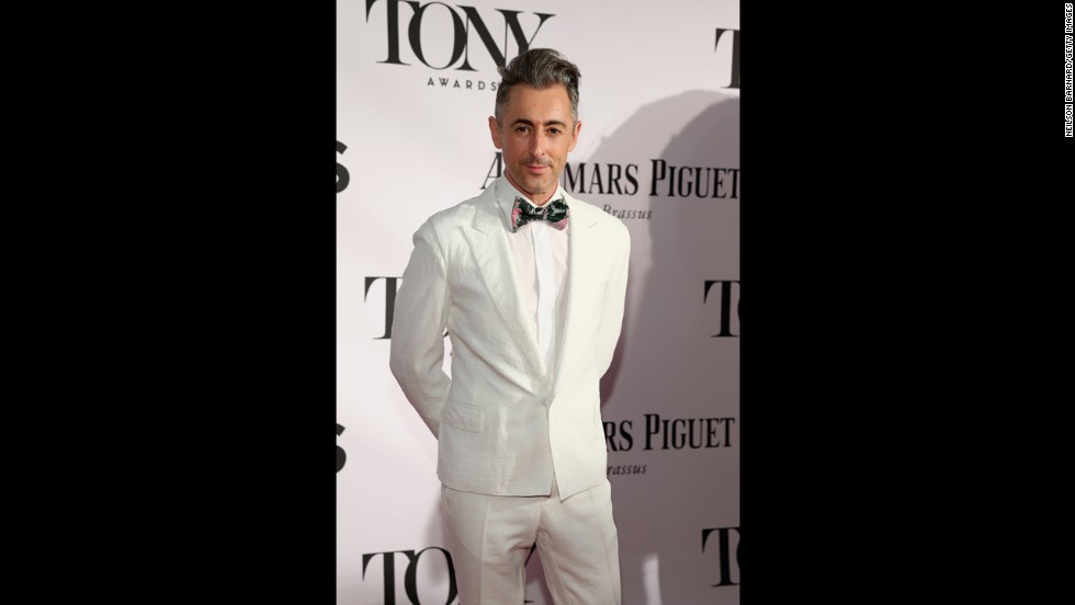 Alan Cumming arrives at the Tony Awards.
