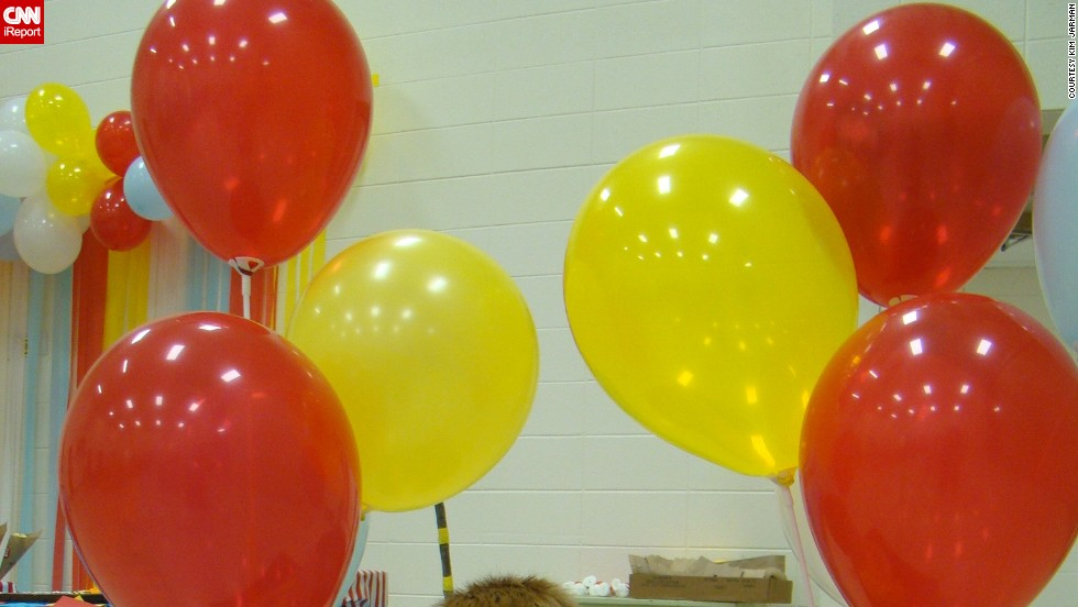 "Pleasant Hope Elementary School in Missouri put on a graduation ceremony and party inspired by the Dr. Seuss book ""Oh, the Places You'll Go!"" (popular among graduates of all ages). Kim Jarman, mom of <a href=""http://ireport.cnn.com/docs/DOC-979982"">Riley</a>, along with a few other homeroom parents, made truffula trees and a replica hot air balloon in which the children posed for pictures."