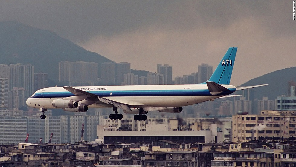Low-flying planes offered passengers a voyeuristic experience -- some could actually see what residents were up to through apartment windows in Kowloon City. Understandably, many locals on the ground didn't always appreciate the attention.