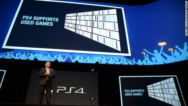Sony Computer Entertainment America's Jack Tretton wins over the crowd Monday at the Electronic Entertainment Expo.