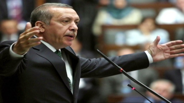 cnnee quien es erdogan levy pkg_00004411.jpg