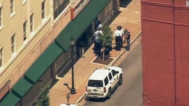 Police: Looks like a murder-suicide