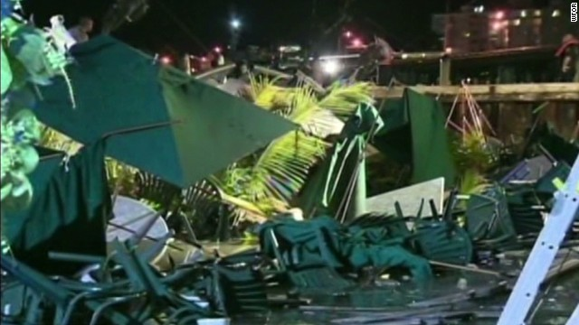 cnnee cafe perez miami restaurant collapse_00000020.jpg