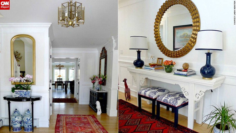 """<a href=""""http://ireport.cnn.com/docs/DOC-988203"""">Linda Weinstein</a> of northern New Jersey loves the sophistication that the chinoiserie pieces bring to her foyer."""