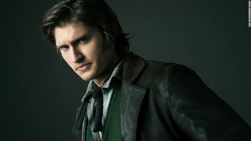 Detective Kevin Corcoran (Tom Weston-Jones) traverses the slums and uptown, so his look walks the line. His coat is historically accurate, but given a rakish edge by being made out of leather -- which was entirely unconventional.