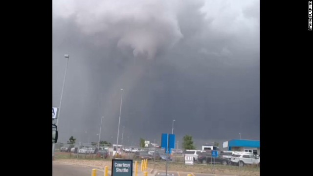 sot tornado near denver airport_00000526.jpg