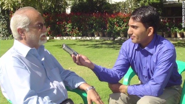 pkg malveaux plight of the pakistani journalist _00000926.jpg