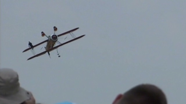 dayton airshow crash_00001619.jpg