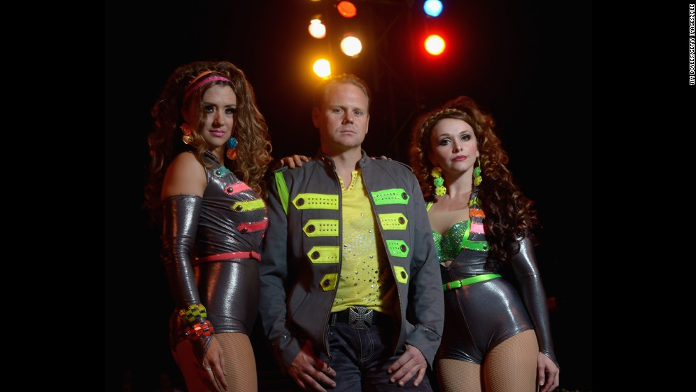 "Wallenda with his sister Lijana, left, and his wife, Erendira, at Circus Sarasota in February 2013 in Florida. Nik and Lijana are members of the famous Flying Wallendas, founded by great-grandfather Karl in the 1920s. <a href=""http://www.cnn.com/2012/06/13/us/gallery/wallendas/index.html"">See the Wallenda family through the years.</a>"