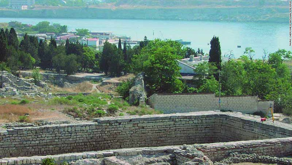 This newly inscribed UNESCO World Heritage site features the remains of a city founded by Dorian Greeks in the 5th century BC on the northern shores of the Black Sea. It's made up of several public building complexes and residential neighborhoods, as well as early Christian monuments alongside remains from Stone and Bronze Age settlements; Roman and medieval tower fortifications and water supply systems; and exceptionally well-preserved examples of vineyard planting and dividing walls.