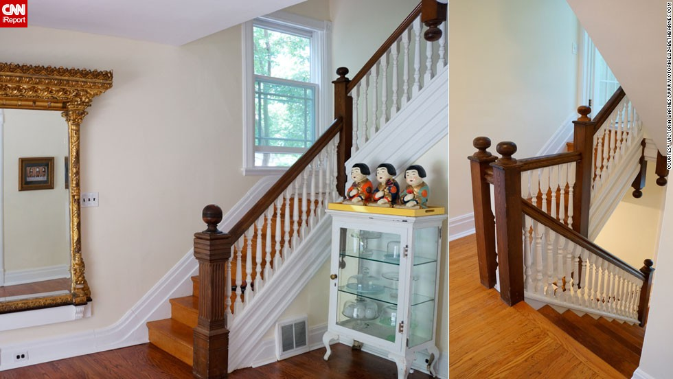 Steps To A Decorated Staircase Cnn