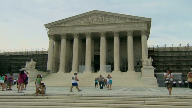 cnnee us immigration bill and scotus rulings_00010320.jpg