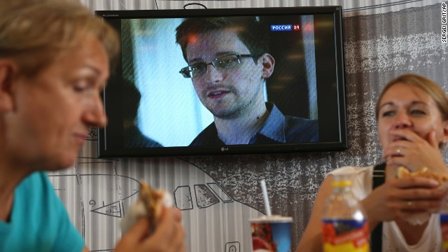 Obama won't scramble jets for Snowden