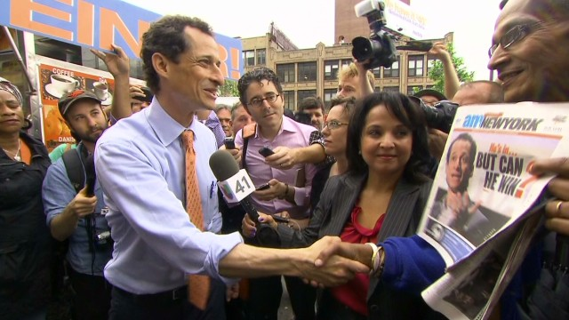 Anthony Weiner leads democratic polls NYC mayoral race_00015121.jpg