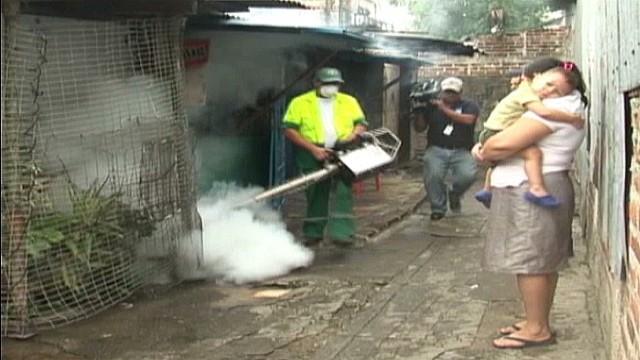 cnnee delcid el salvador dengue outbreak_00013207.jpg