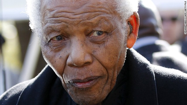 Former South African President Nelson Mandela arrives for the funeral of his great-granddaughter in Sandton, north of Johannesburg on June 17, 2010.