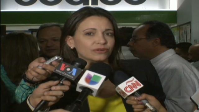 cnnee hernandez pkg venezuela opposition tapes_00005311.jpg