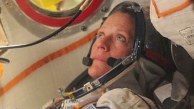 Space chat with astronaut Karen Nyberg