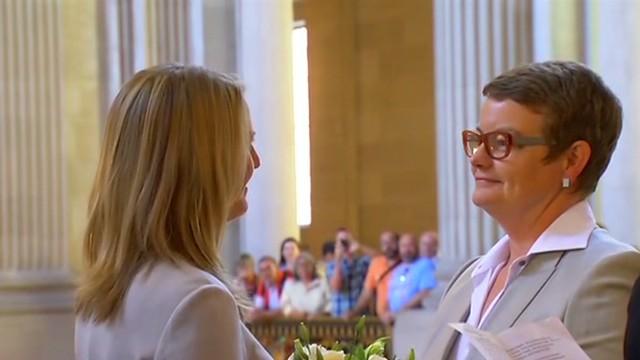 Plaintiffs in same-sex marriage case wed