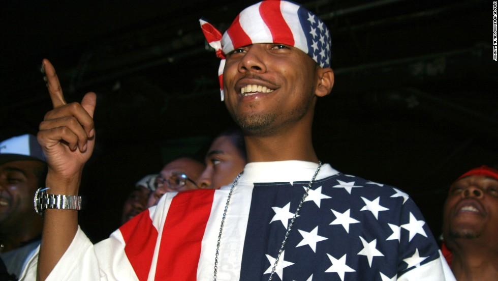 Juelz Santana makes his allegiance clear while attending an album release party for rapper Jim Jones in 2004 in New York.