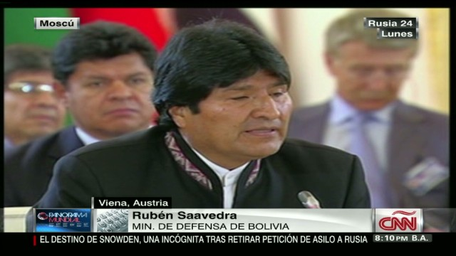 cnnee janiot inteview bolivia defense minister on snowden and plane flights_00030808.jpg