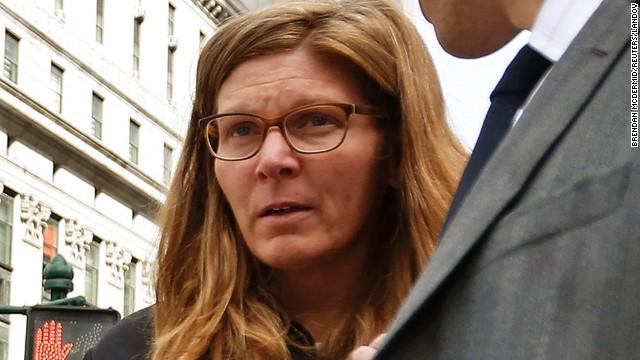 Ex-Tiffany VP accused of jewelry theft