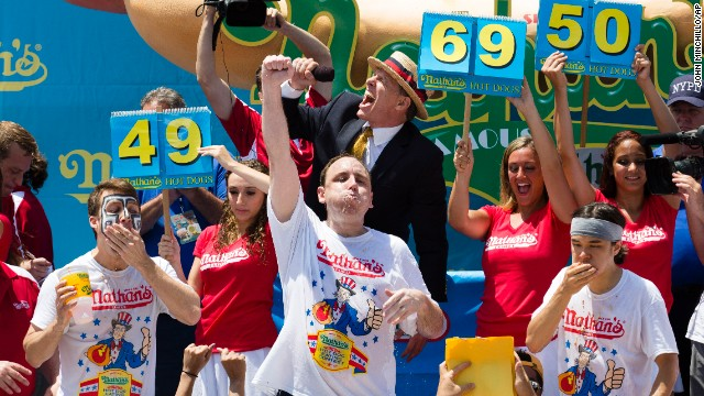 Chestnut beats hot dog-eating record