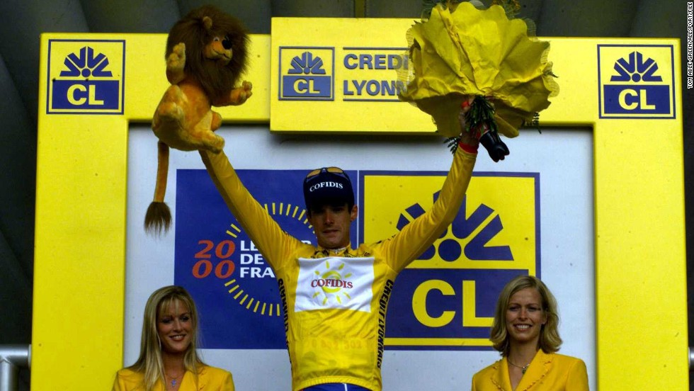 Millar announced his arrival on the global stage by winning the prologue of the 2000 Tour de France, his first involvement in cycling's most prestigious race.