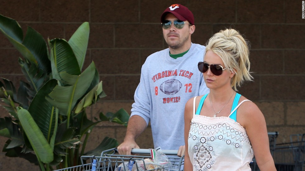 Britney Spears and her beau shop at a Filmore, California WalMart on July 4.