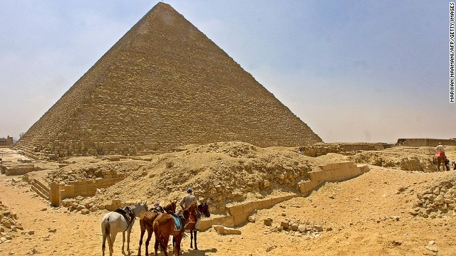 Egyptian tourism suffers during unrest