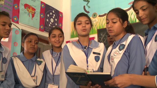 intl girls world part 2 natpkg_00015128.jpg