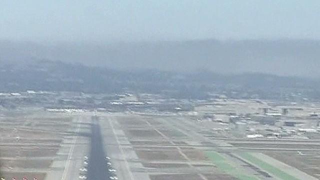 tsr vercammen landing at sfo_00011514.jpg