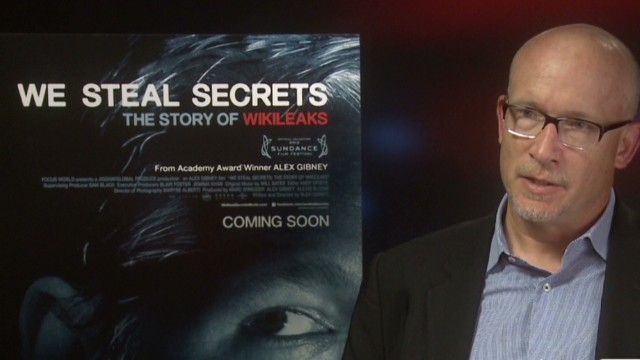 Film director: Assange craves spotlight