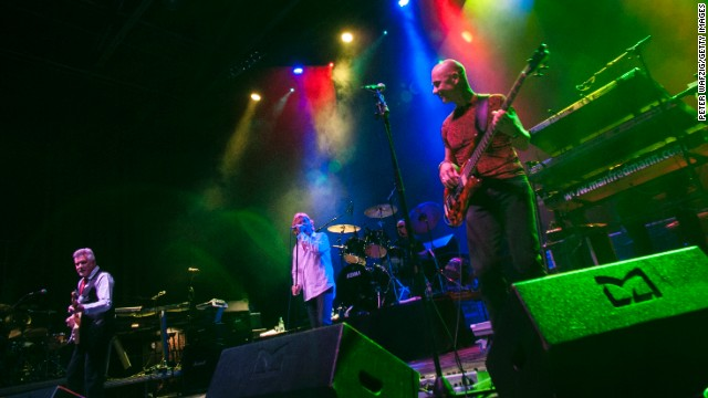 Manfred Mann's Earth Band performs in 2012 in Cologne, Germany. We bet the crowd sang along incorrectly.