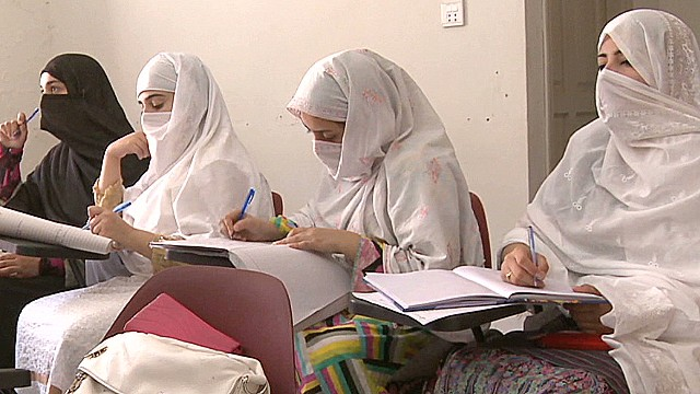 pkg mohsin pakistan swat girls school_00015317.jpg