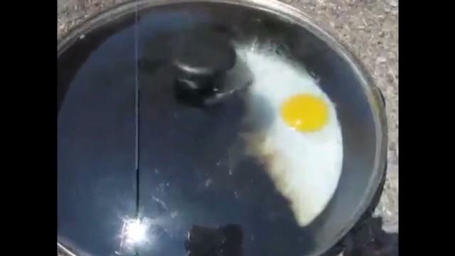 cnnee us death valley fried eggs_00003416.jpg