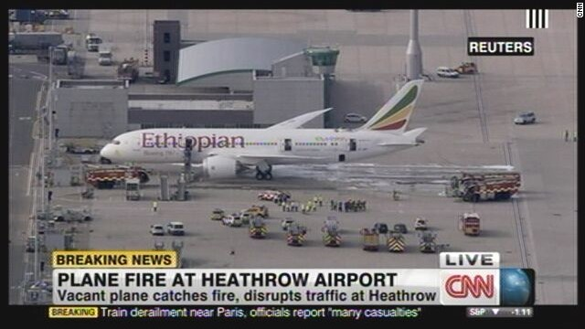 Vacant Boeing Dreamliner catches fire