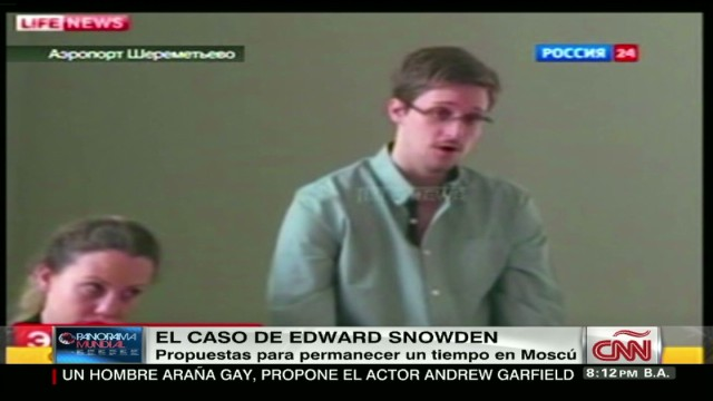 cnnee panorama report snowden russia and proposal_00011105.jpg