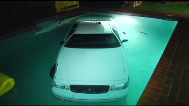 vo fl car in pool_00001410.jpg