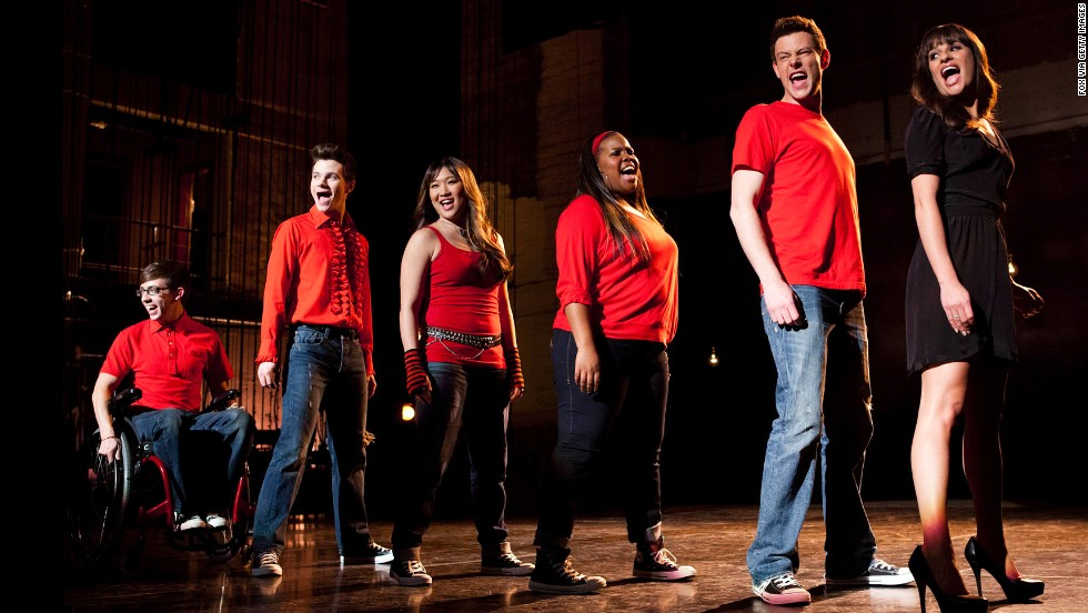 "Kevin McHale, from left, Chris Colfer, Jenna Ushkowitz, Amber Riley, Monteith and Michele appaer in the ""Sweet Dreams"" episode of ""Glee."""