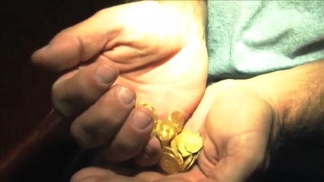 dnt treasure hunters uncover gold_00011815.jpg