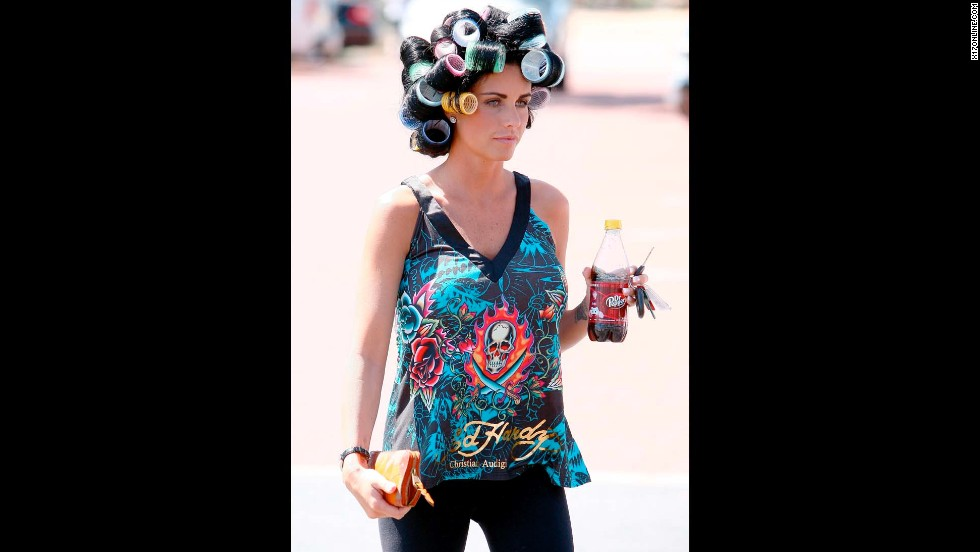 "British model and TV personality Katie Price wears Ed Hardy casually, and was even <a href=""http://www.dailymail.co.uk/tvshowbiz/article-1263023/Katie-Price-misses-PR-opportunity-goes-leisurely-morning-trot-horse.html"" target=""_blank"">spotted riding horses while wearing an Ed Hardy bomber</a>."
