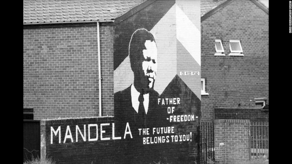 <strong>NORTHERN IRELAND: </strong>A Mandela mural is displayed on a home in Northern Ireland.
